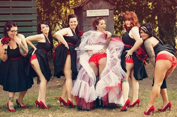 These saucy bridesmaids matched their retro heels with their underwear [PINTEREST]